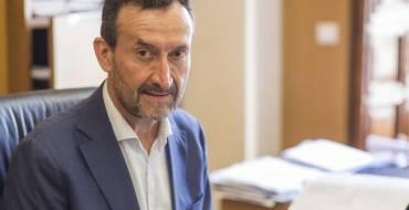 Carlos González asegura que alrededor de 5.000 empleos se mantendrán en Elche como consecuencia de la prórroga de los ERTE adoptada por el Gobierno