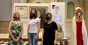 El centro cultural Las Clarisas acoge hasta el 4 de octubre una exposición en la que se recorren los 52 años de la historia de la Real Orden de la Dama