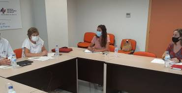 El Ayuntamiento hará de enlace entre los centros docentes y Salud Pública para actuar ante los casos de Covid en las aulas