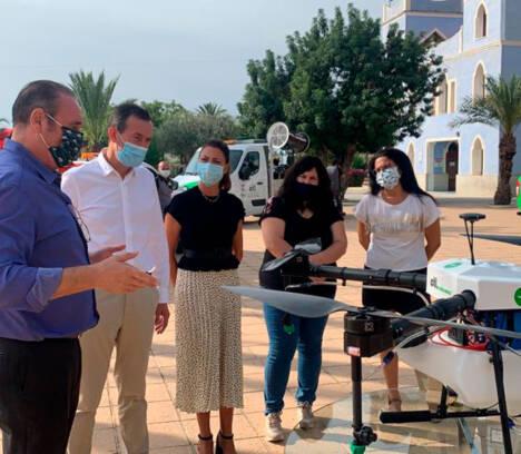 El Ayuntamiento y CTL intensifican la lucha contra los mosquitos con un nuevo equipamiento que incluye un dron y un cañón de gran potencia