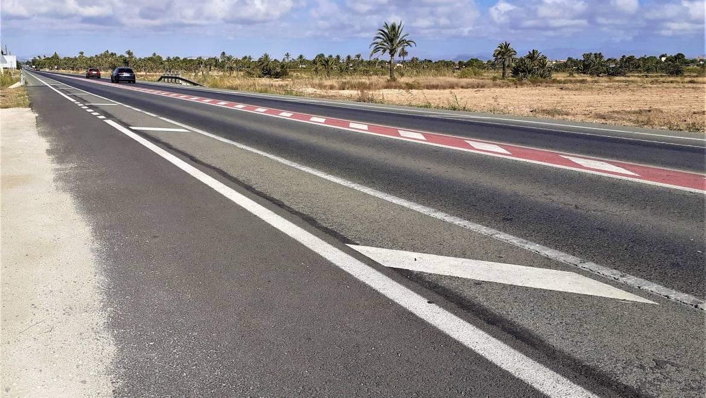 El desdoblamiento de la carretera de Santa Pola mejorará la seguridad para ciclistas y peatones y creará paradas de autobús en todo el tramo