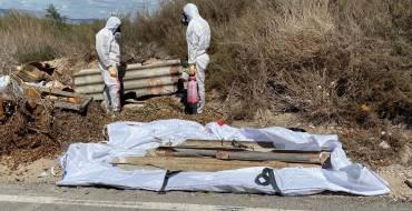 El Ayuntamiento retira de 2.500 kilos de amianto de vertidos en caminos del Camp d'Elx
