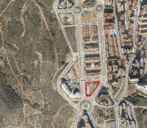 El Pleno aprueba impulsar la implantación de superficies comerciales en Arenales del Sol