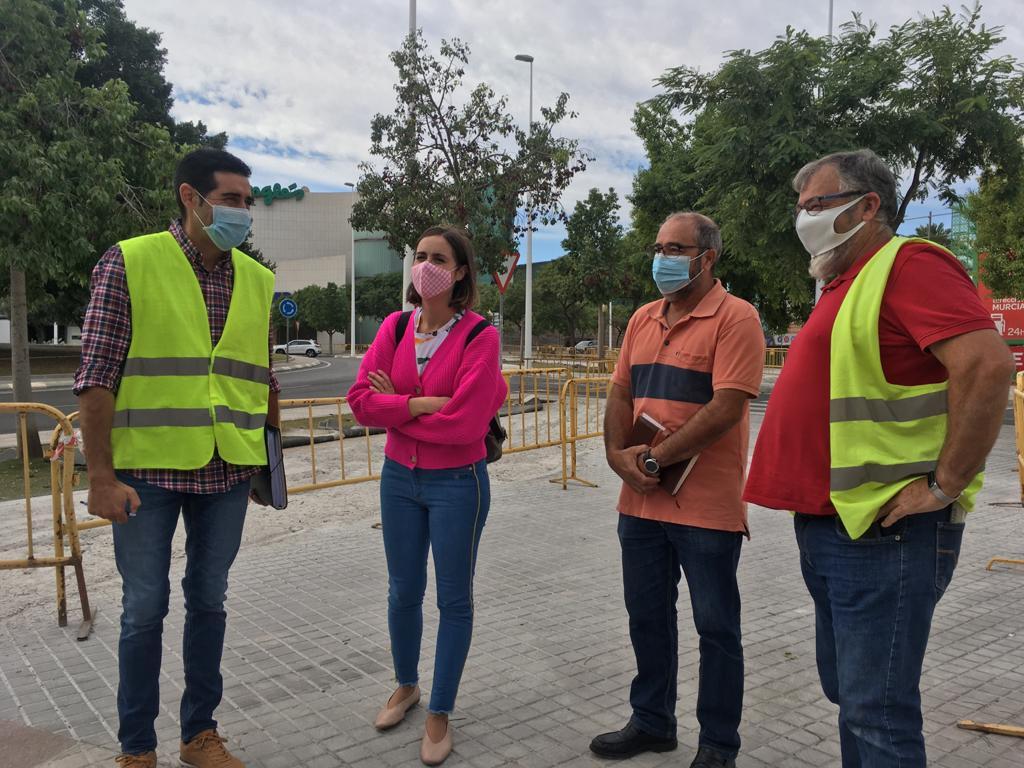 Las obras del nuevo carril bici de la Avenida Ramón Pastor cumplen los plazos establecidos para estar operativo en diciembre
