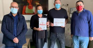 """La concejalía de Comercio entrega el primer premio del concurso """"De tapes a Elx"""""""