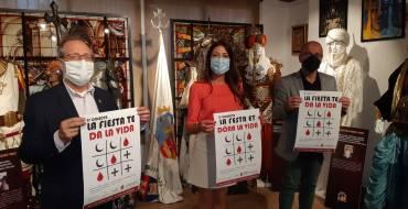 La concejala de Sanidad y Fiestas apoya la maratón de donación de sangre organizada por Moros y Cristianos
