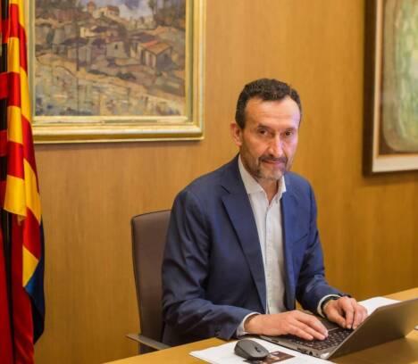 El alcalde de Elche hace un llamamiento a que se reduzcan drásticamente las relaciones sociales ante el aumento significativo de contagios