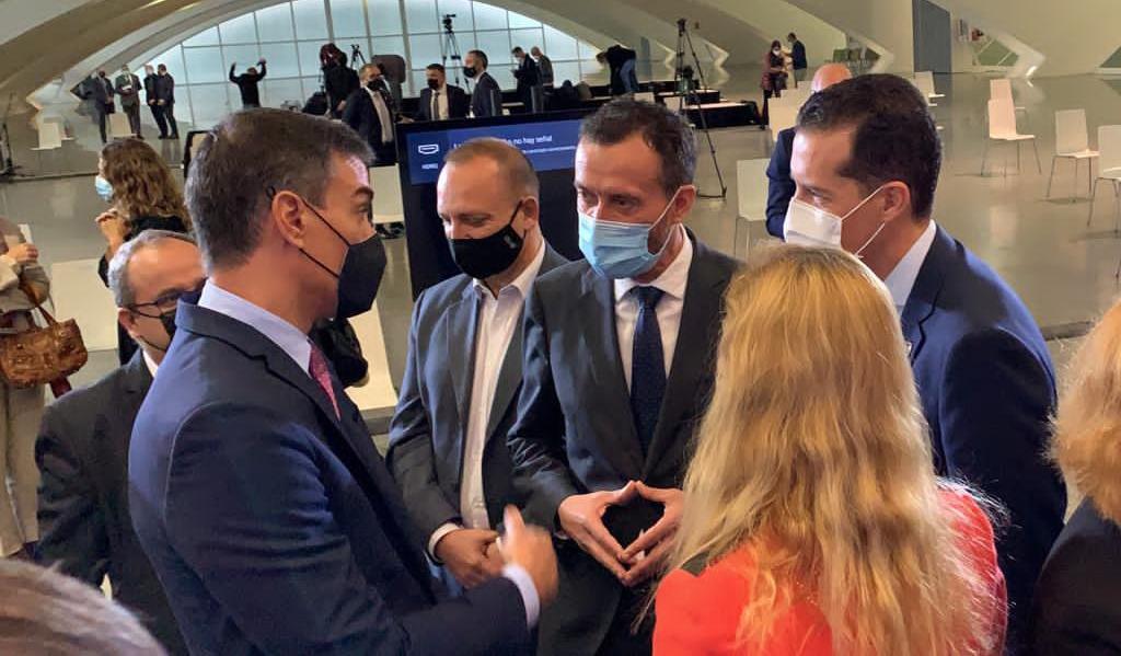 El alcalde de Elche plantea al Presidente del Gobierno la necesidad de participar en la gestión de los fondos europeos para la recuperación económica