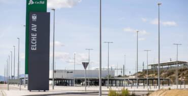 Autobuses Urbanos de Elche habilita un servicio especial de transporte público que conecta la ciudad con la nueva Estación del AVE