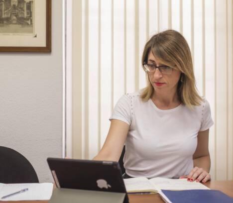 Hacienda asegura que no existen ilegalidades en la contratación y que todos los contratos menores revisados contienen la firma técnica y la partida presupuestaria
