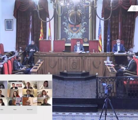 El Pleno aprueba definitivamente la suspensión de la tasa de mesas y sillas y mercadillos en 2021 con el fin de paliar los efectos económicos de la pandemia