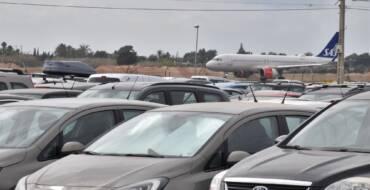 El Ayuntamiento da un paso más hacia la regularización de las actividades en el entorno del aeropuerto