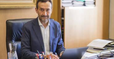 """Carlos González: """"Esta semana debemos consolidar la tendencia descendiente en los contagios"""""""