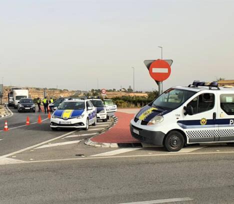 La Policía Local de Elche intensifica la coordinación con la Policía Nacional en el control del tercer cierre perimetral de fin de semana