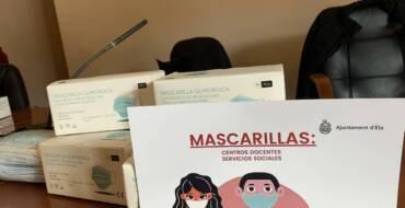 El Ayuntamiento distribuye 92.000 mascarillas quirúrgicas entre los centros educativos y los servicios sociales