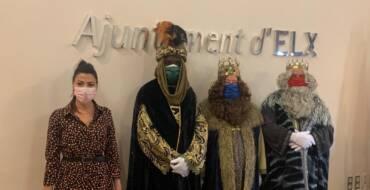 La concejalía de Fiestas también programa visitas a los Reyes Magos en la Rotonda del Parque Municipal