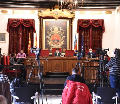 El Pleno acuerda reclamar la sección undécima de la Audiencia Provincial de Alicante para mejorar los servicios jurídicos en Elche