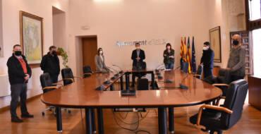 El Ayuntamiento de Elche apoyará al sector del taxi con ayudas de 1.000 euros a cada afectado por la crisis