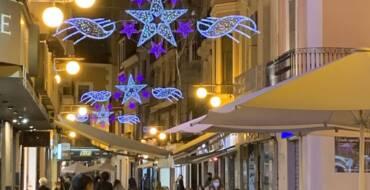 La concejalía de Comercio en ciende el alumbrado navideño para apoyar a los comercios durante el Black Friday