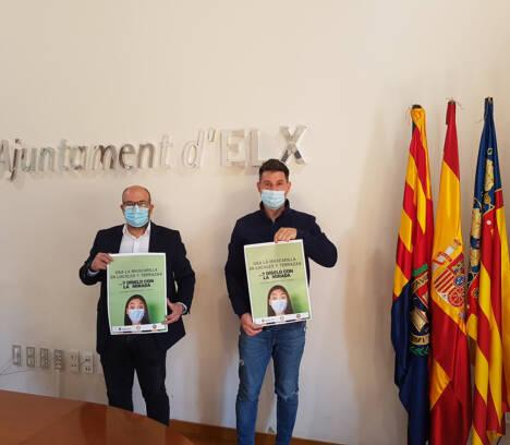Ayuntamiento, Polícia Local y Hostelería de Elche piden utilizar la mascarilla en todo momento en locales y terrazas excepto para consumir