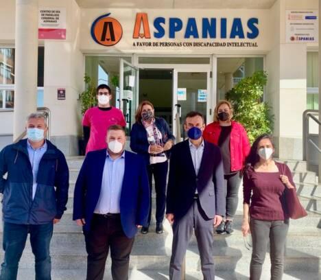 L'Ajuntament cedeix dos locals a Aspanias per a impulsar un nou servei d'atenció precoç a Altabix i destina 110.000 euros per a la creació de la seua nova residència