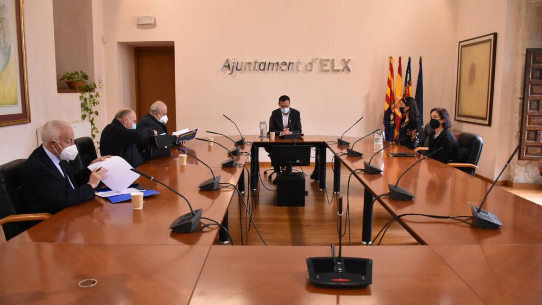 El alcalde gestiona la implicación del Ministerio de Cultura en la rehabilitación de la basílica de Santa María