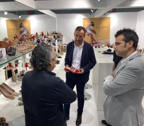 El Ayuntamiento de Elche apoya la inclusión del sector del calzado en el plan de ayudas del Gobierno