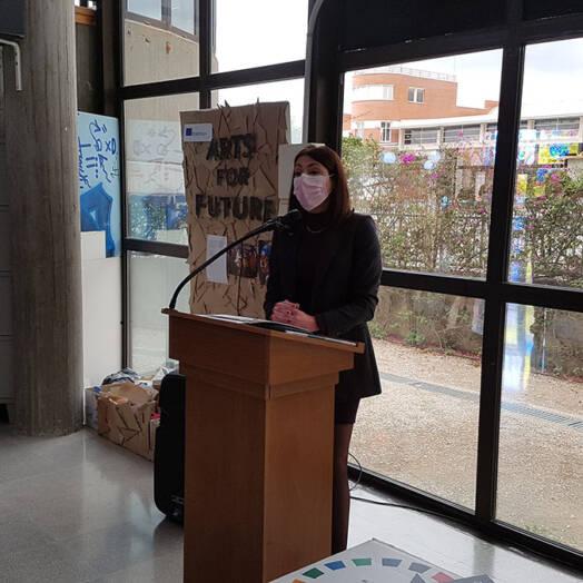L'Ajuntament col·labora amb 'Jovesólides' en el muntatge d'una exposició per a sensibilitzar sobre el canvi climàtic