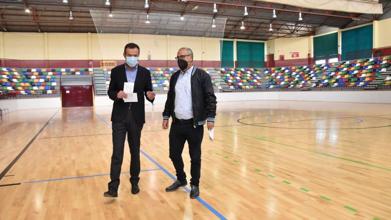 La nueva pista del pabellón Esperanza Lag permite albergar competiciones federadas de primer nivel