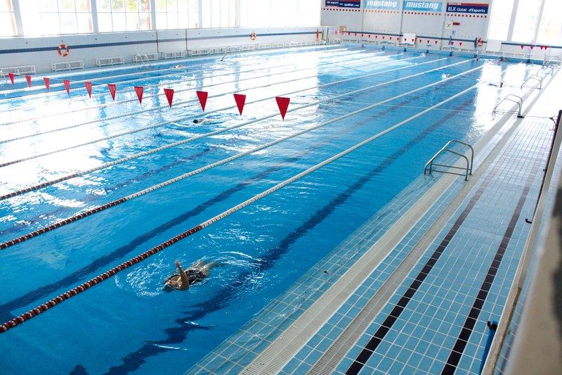 El Ayuntamiento retoma las actividades acuáticas para adultos esta primavera con todas las medidas sanitarias