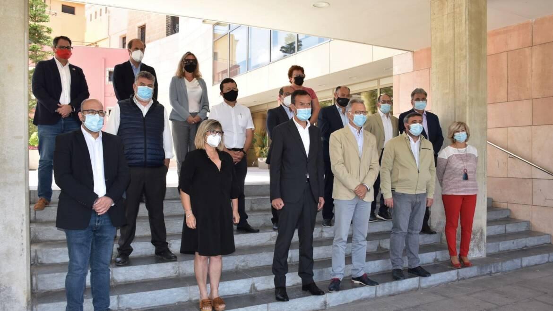Los alcaldes del Baix Vinalopó y las entidades agrarias aprueban una declaración de apoyo al trasvase con el apoyo del Consell