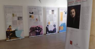 La Biblioteca Central Municipal Pedro Ibarra acoge 'Des de les fronteres del silenci', una exposición sobre la escritora valenciana Carmelina Sánchez Cutillas