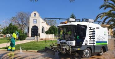 """Comienzan a funcionar los nuevos vehículos de baldeo y barrido del nuevo servicio de limpieza """"Elx verda i Neta"""""""