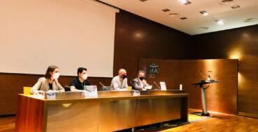 El Ayuntamiento de Elche muestra su apoyo al sector del taxi en la asamblea de la Confederación de Taxistas Autónomos de la Comunidad Valenciana