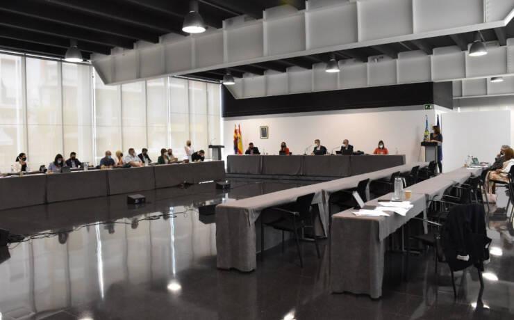 El Pleno acuerda reclamar a la Diputación la sede de SUMA en Elche y agilizar el proyecto del Palacio de Congresos