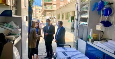 El alcalde destaca que la nueva ambulancia de soporte vital avanzado ubicada en El Altet mejora la atención sanitaria de las pedanías