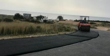 Continua la millora de la imatge dels Arenals del Sol amb les obres de renovació de l'asfaltat