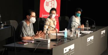 El proyecto de activismo cooperativo 'Se buscan gigantes' celebra su último acto del curso en el Centro de Congresos Ciutat d'Elx