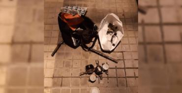 La Policía Local de Elche detiene a un hombre por robar siete contadores de agua en un bloque de piso