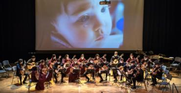 """""""El sonido del alma"""" llega al Escorxador de la mano de la Orquesta de Guitarras de Albacete"""