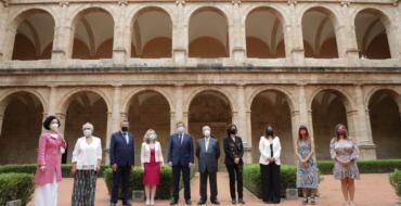 La incorporació de la professora Sandra Montserrat a l'Acadèmia Valenciana de la Llengua reforça la presència d'Elx en aquesta institució