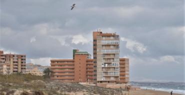 Elche cerrará todas sus playas en la noche de San Juan para evitar aglomeraciones y nuevos contagios