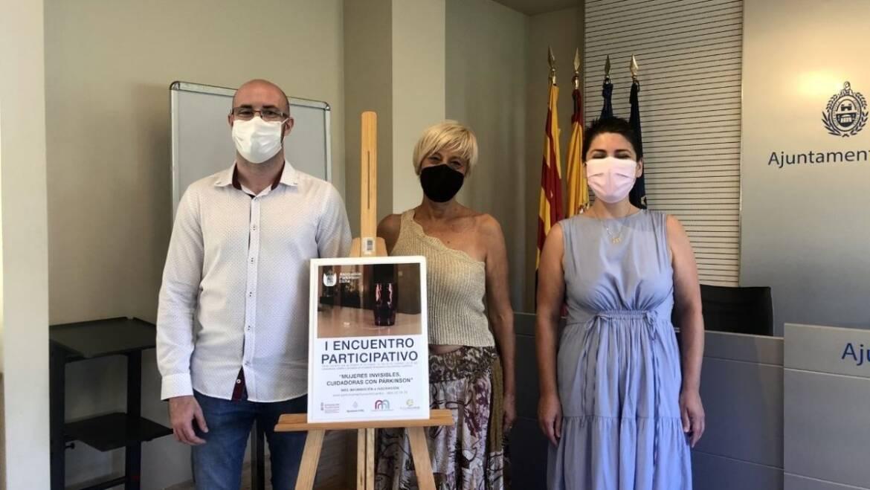 L'Associació de Parkinson d'Elx llança juntament amb l'Ajuntament una campanya per a visibilitzar el paper de les cuidadores amb la malaltia