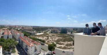 El Ayuntamiento de Elche concluye la construcción de 90 viviendas con 69 plazas de garaje en el barrio de San Antón