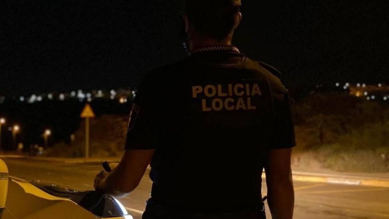 La Policía Local recupera varios objetos sustraídos en una nave e identifica a los presuntos autores del robo