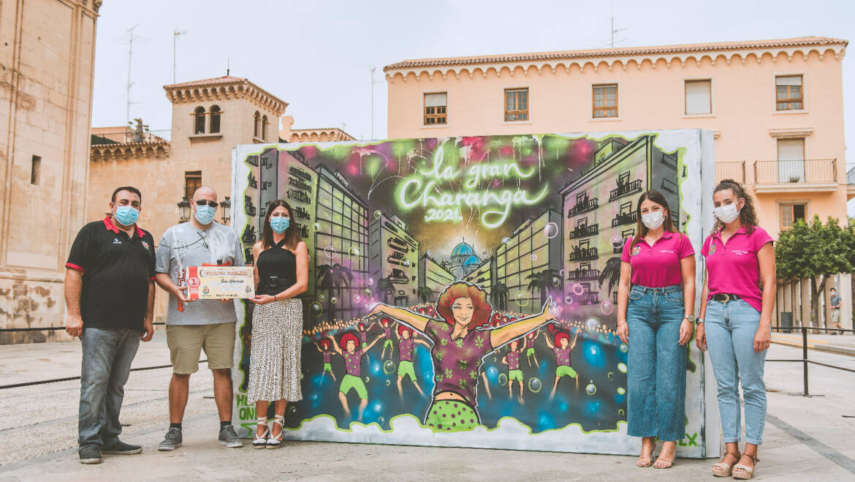 José Gacel guanya el concurs de grafiti convocat per la Federació Gestora de Festejos Populars en commemoració a la Gran Xaranga il·licitana