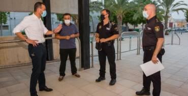 La Policía Local abre 96 actas por consumo de alcohol en la calle y 18 por intervención de pirotecnia  en una Nit de l'Albà tranquilla y con escasa presencia de carretillas