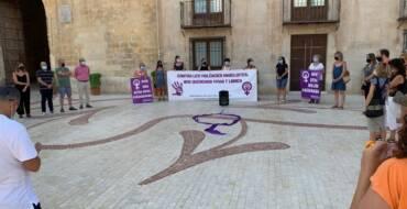 L'Ajuntament d'Elx se suma a les manifestacions en contra de la violència masclista i per a demanar protecció per a les dones afganeses i les seues famílies