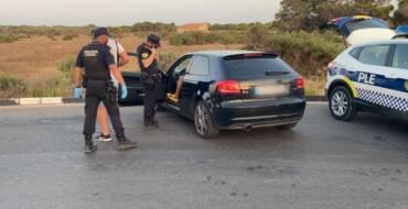 La Policía Local de Elche detiene a un hombre por circular sin carné y llevar 9,5 gramos de cocaína en el coche