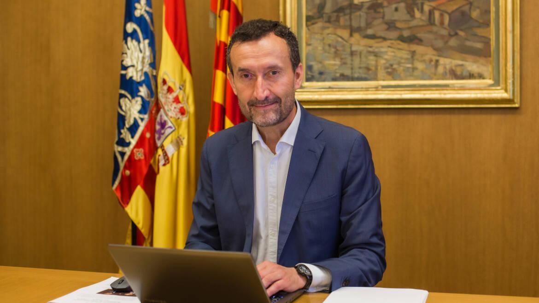 El alcalde convoca a los portavoces de los grupos de la oposición para dialogar sobre los asuntos relevantes del nuevo curso político